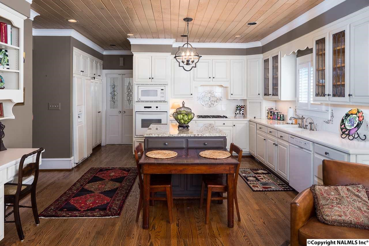 1013 hermitage.kitchen