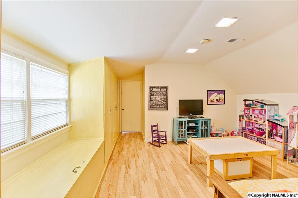 412 Zandale Drive - play area