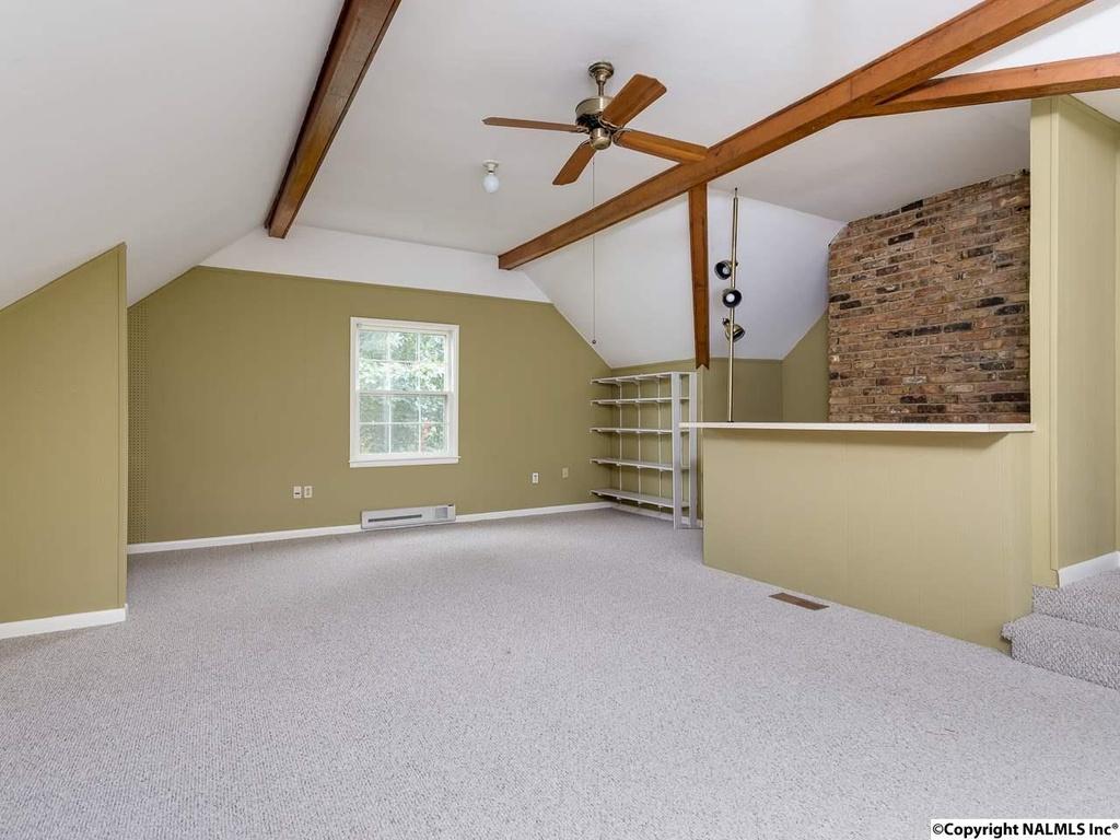 412 Zandale Drive - Bonus Room