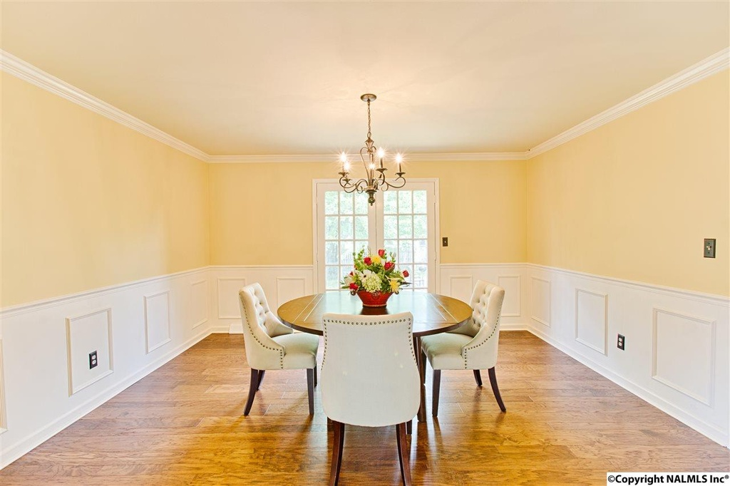 412 Zandale Drive - Dining Room